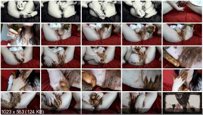 ScatLina - Smelly masturbation (FullHD 1080p/1.33 GB)